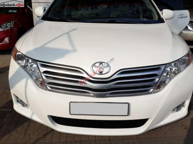 Bán Toyota Venza AT đời 2009, màu bạc, nhập khẩu chính hãng còn mới