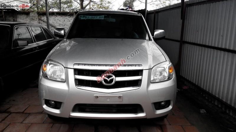 Cần bán gấp Mazda BT 50 XLT 4x4 đời 2011, màu bạc, nhập khẩu nguyên chiếc