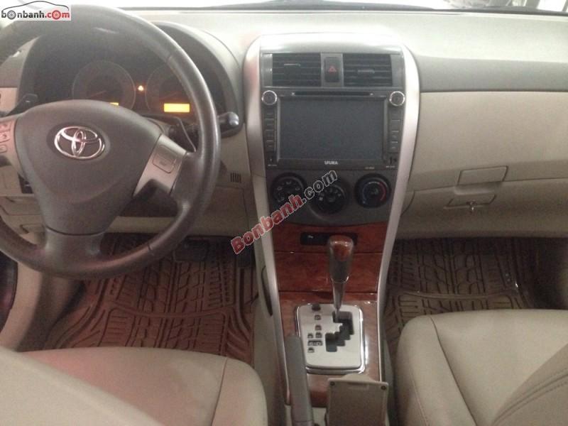 Cần bán Toyota Corolla Altis 2.0V sản xuất 2010, màu đen, 690Tr