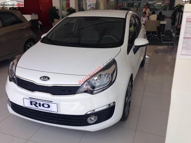 Cần bán Kia Rio đời 2015, màu trắng, nhập khẩu