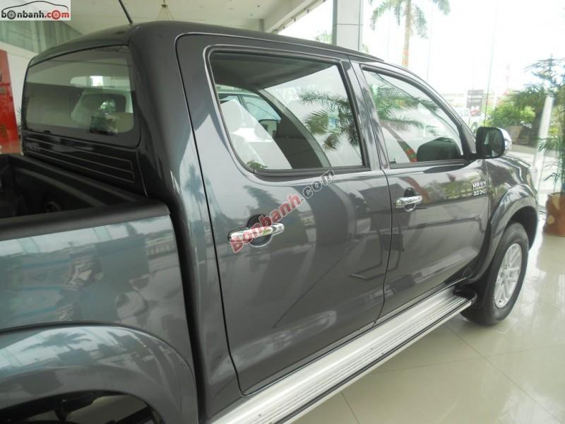Bán ô tô Toyota Hilux 3.0G năm 2014, màu xám, nhập khẩu nguyên chiếc