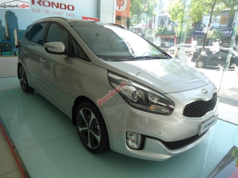 Bán ô tô Kia Rondo D-AT đời 2015, màu bạc - LH ngay 0938 807 607
