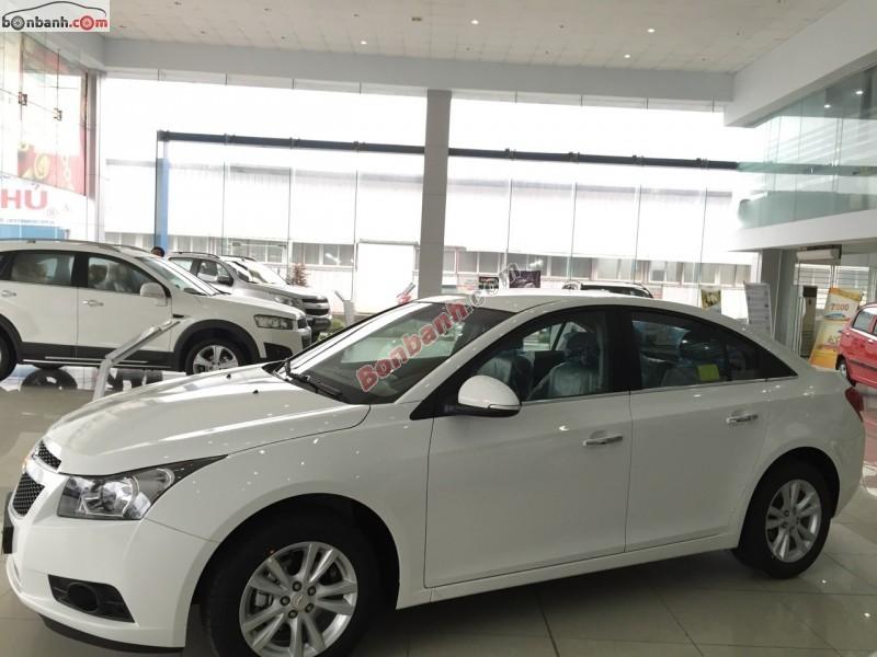Bán ô tô Chevrolet Cruze LS đời 2015, màu trắng, 560 triệu