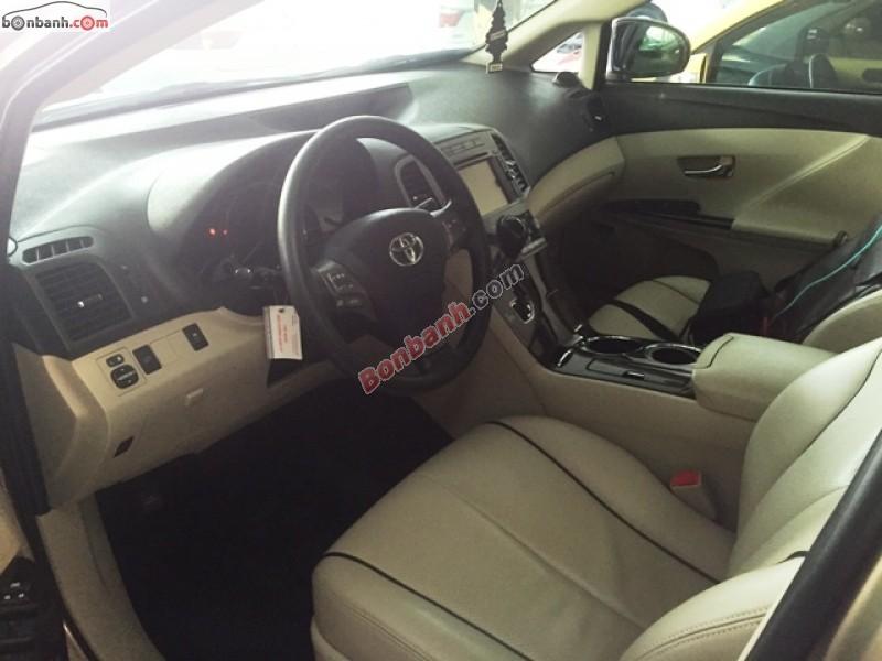Bán Toyota Venza 3.5 AWD năm 2009, màu nâu, nhập khẩu nguyên chiếc