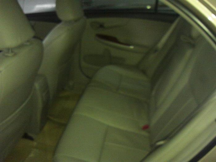 Bán ô tô Toyota Corolla XLi 1.6AT đời 2015, xe nhập chính chủ, xe đẹp giữ gìn