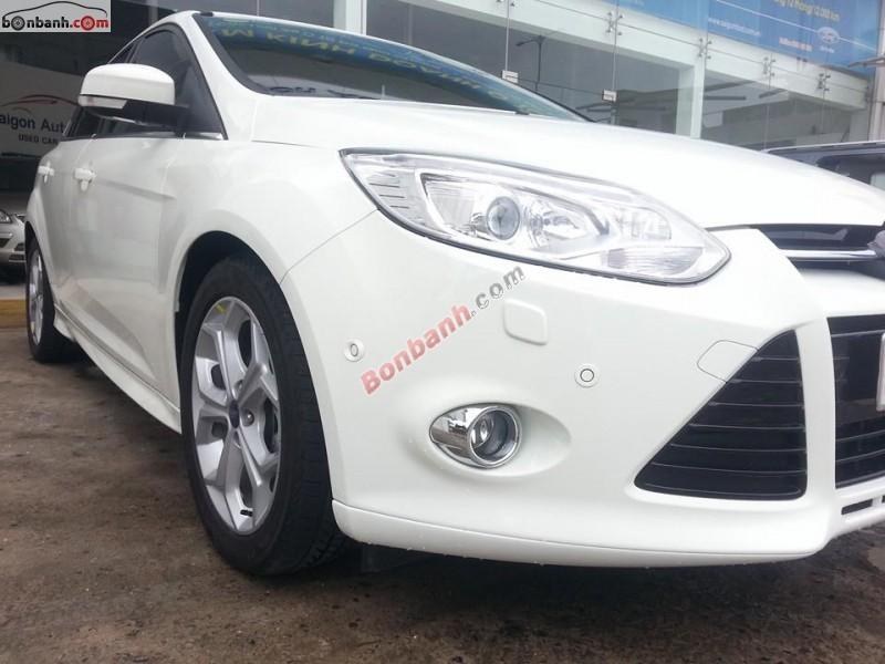 Bán xe Ford Focus 2.0L AT Sport 2014, màu trắng, giá tốt gọi ngay 0933 129 839