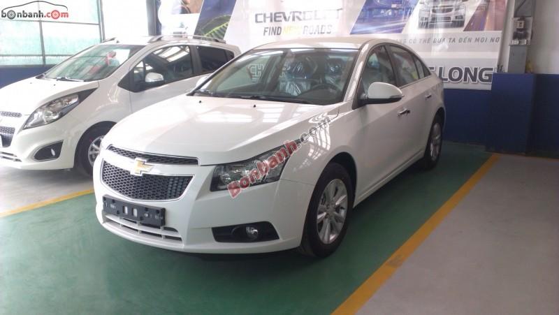 Cần bán xe Chevrolet Cruze LS 1.6L đời 2015, màu trắng, 502tr