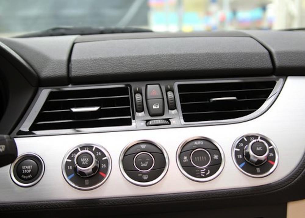 Bán ô tô BMW Z4 Roadster sDrive20i đời 2015, xe nhập - có nhiều phần quà có giá trị