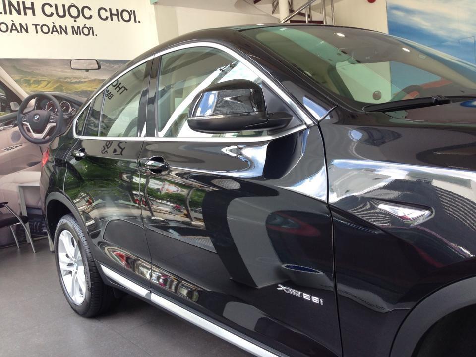 Bán xe BMW X4 xDrive 28i sản xuất 2016, màu đen, nhập khẩu