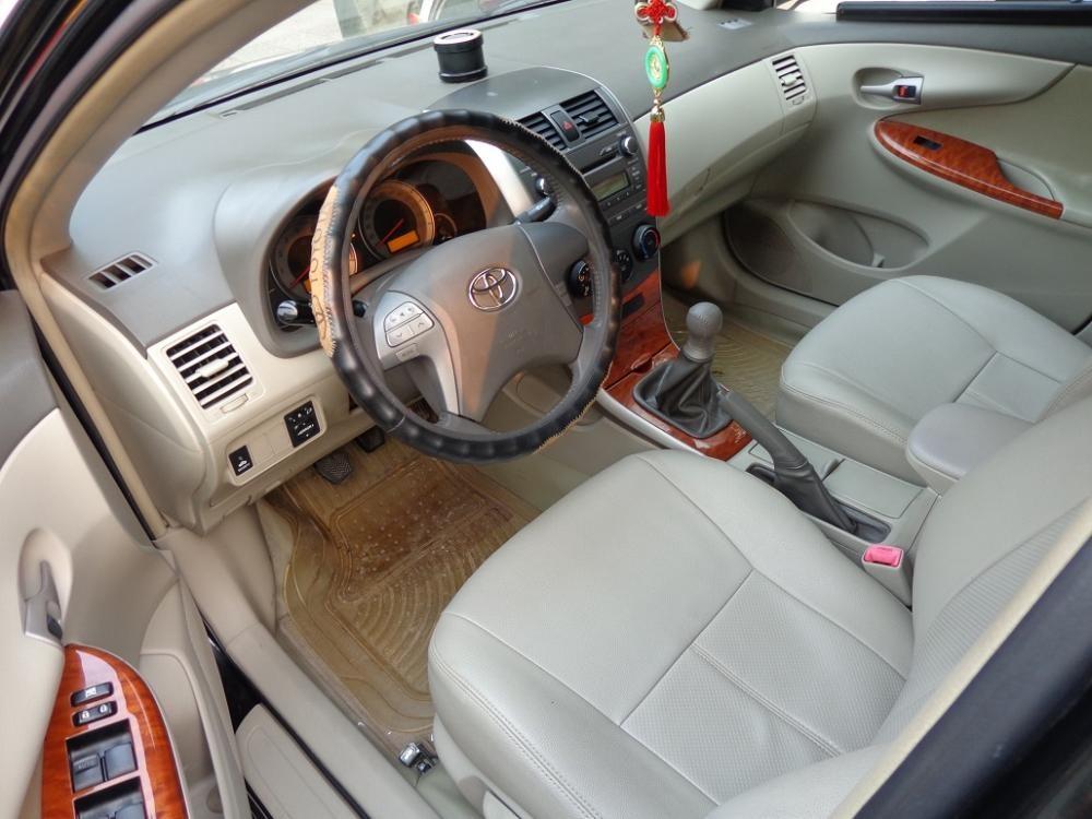Cần bán xe Toyota Corolla Altis 1.8g 2008, màu đen số sàn