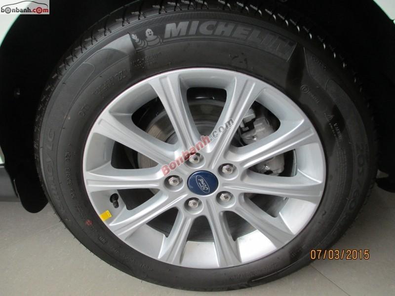 Bán Ford Focus 2.0 AT đời 2014, màu trắng