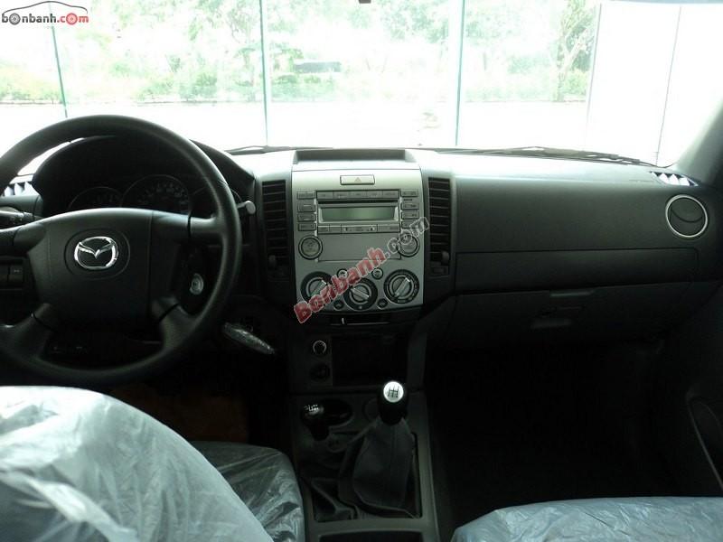 Bán xe Mazda BT-50 4x4 MT khỏe khoắn, năng động