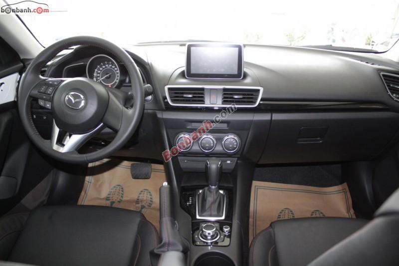 Bán xe Mazda 3 1.5AT All-New đời 2015, màu đen tại Mazda Lê Văn Lương