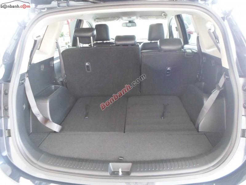 Cần bán Kia Rondo DAT 2015, màu đen, giá bán 726 triệu