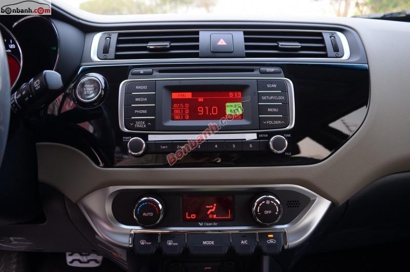 Bán xe Kia Rio GAT đời 2015, màu nâu, số tự động 4 cấp