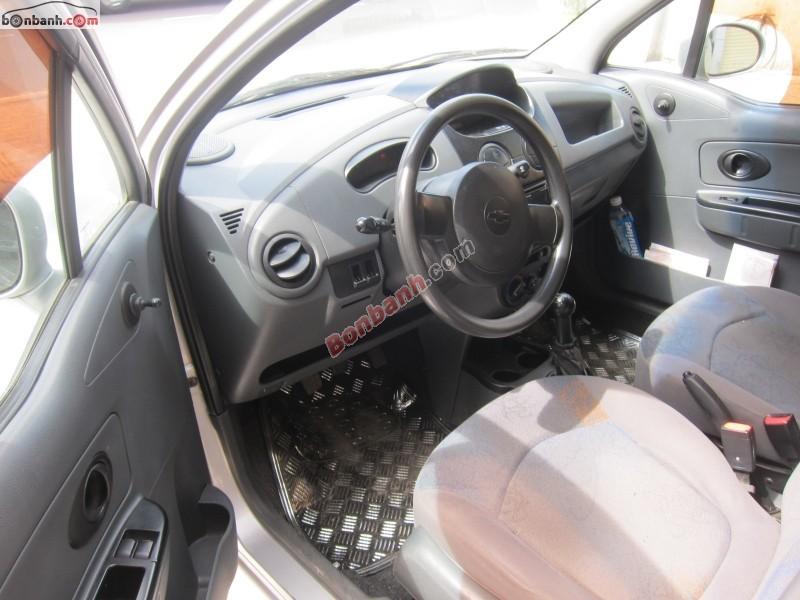 Bán xe Chevrolet Spark LS 2011, màu bạc, nhập khẩu nguyên chiếc xe gia đình