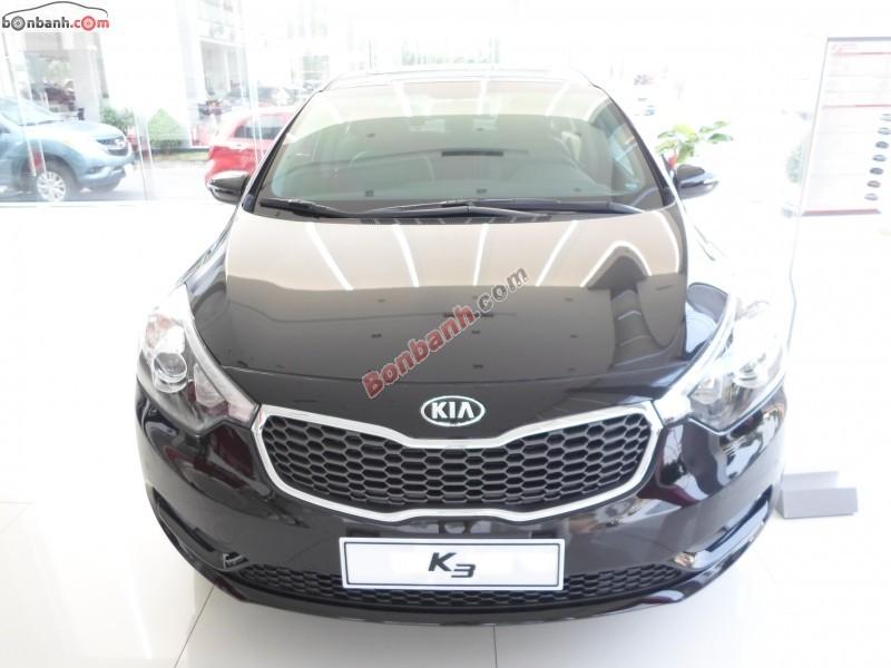 Cần bán Kia K3 2.0AT đời 2015, màu đen, Full options