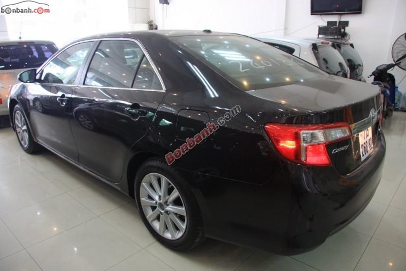 Cần bán Toyota Camry XLE năm 2014, màu đen, nhập khẩu chính hãng nhanh tay liên  hệ