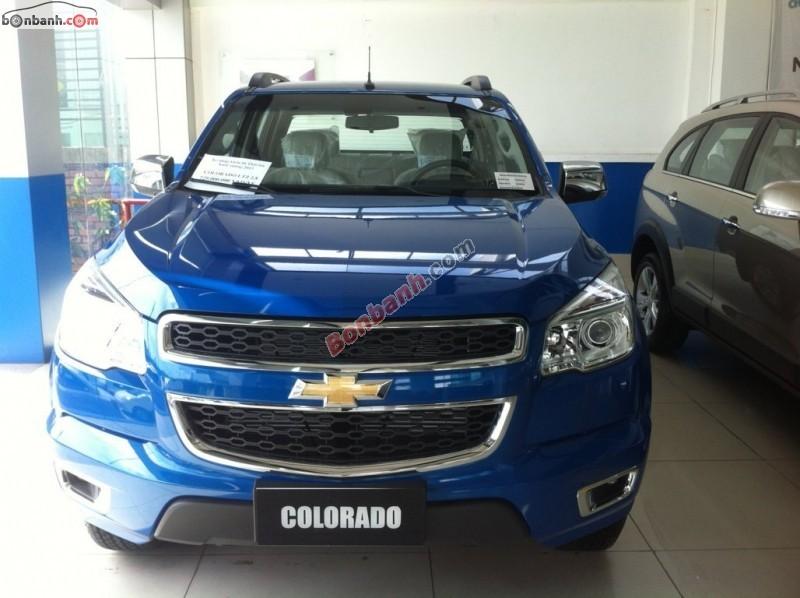Cần bán xe Chevrolet Colorado 2.8 LTZ đời 2015, màu xanh lam, xe nhập