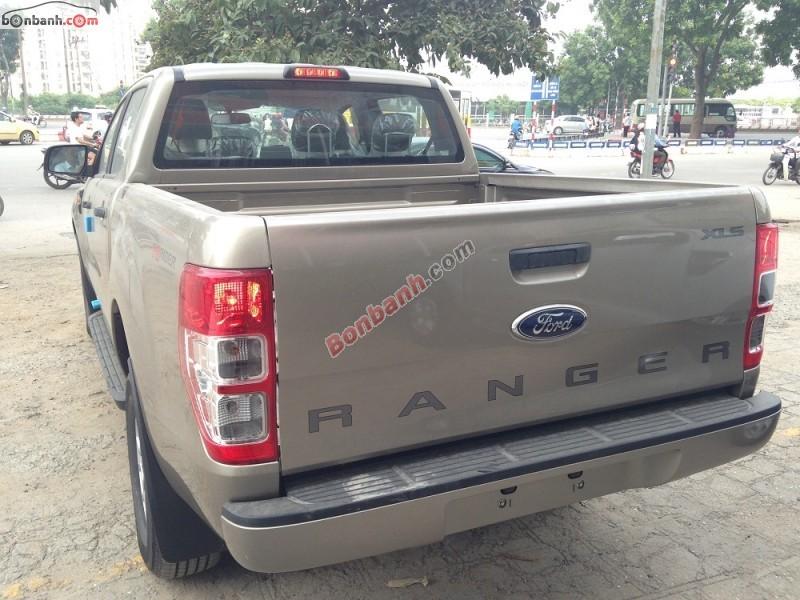 Bán ô tô Ford Ranger XLS 4x2MT đời 2015, xe nhập, giá chỉ 627 triệu