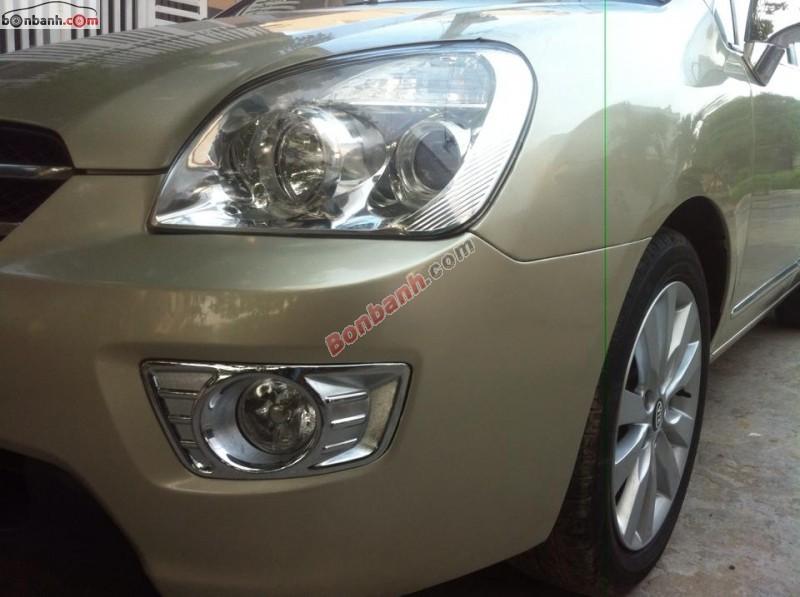Kia carens 7 chỗ đời 2010, xe rất mới, màu vàng cát