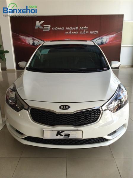 Bán Kia K3 1.6L AT sản xuất 2015, màu trắng, giá chỉ 665 triệu