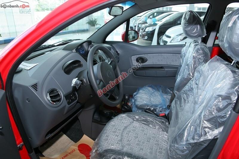 Cần bán Chevrolet Spark Van sản xuất 2015, màu đỏ, giá chỉ 253 triệu