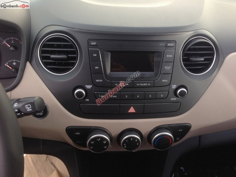 Bán ô tô Hyundai i10 Grand 1.0MT đời 2015, màu bạc, nhập khẩu chính hãng