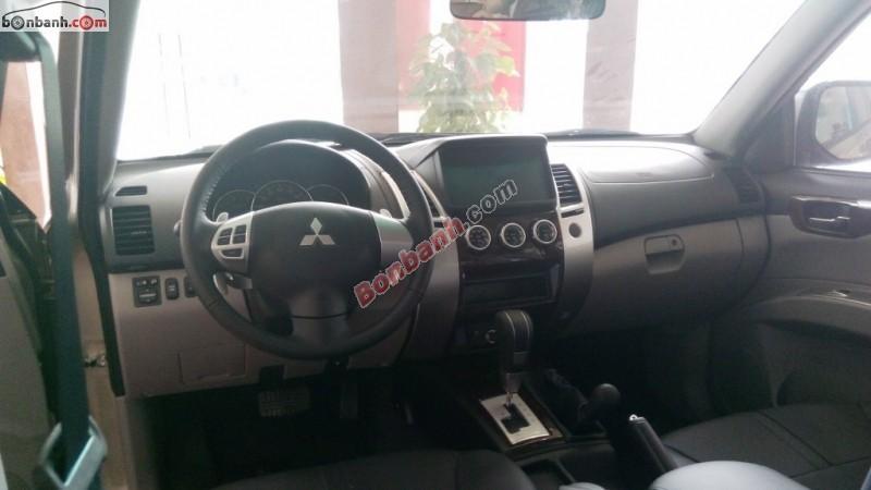 Bán Mitsubishi Pajero Sport 4WD đời 2015
