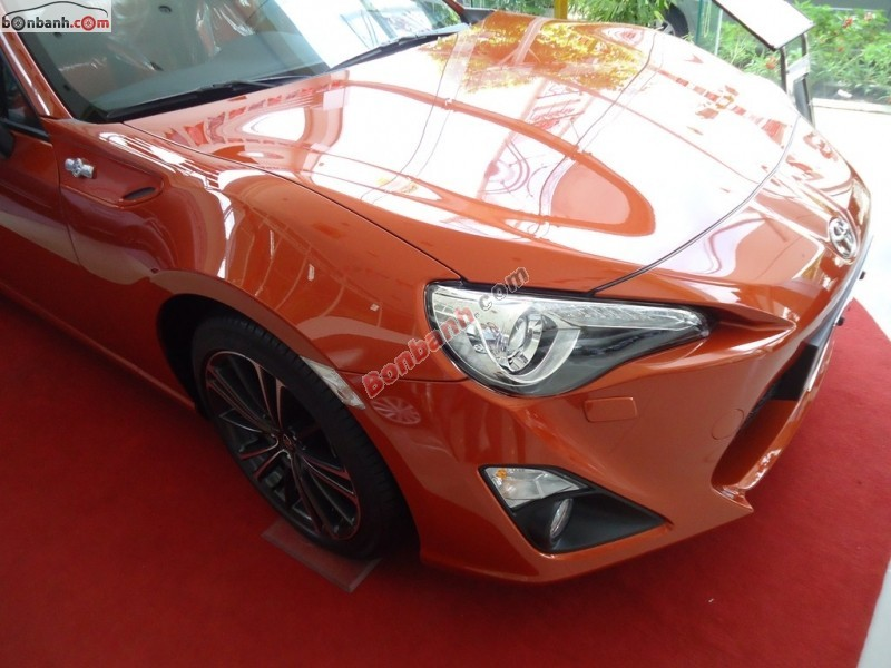 Cần bán xe Toyota 86 đời 2015, nhập khẩu chính hãng