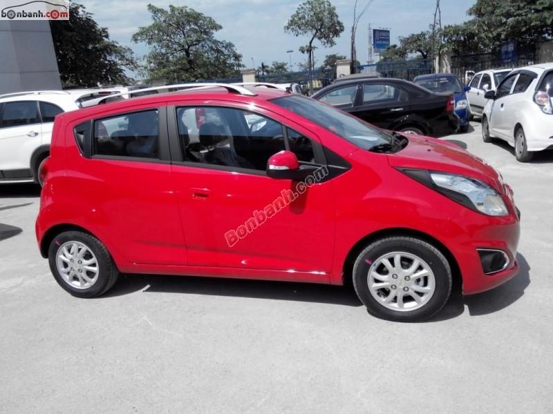 Cần bán xe Chevrolet Spark 1.0 AT đời 2015, màu đỏ, giá tốt gọi ngay 0983 259 329