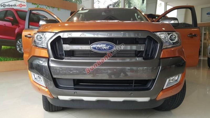 Cần bán Ford Ranger WildTrak 3.2 đời 2015, màu vàng đồng, nhập khẩu chính hãng