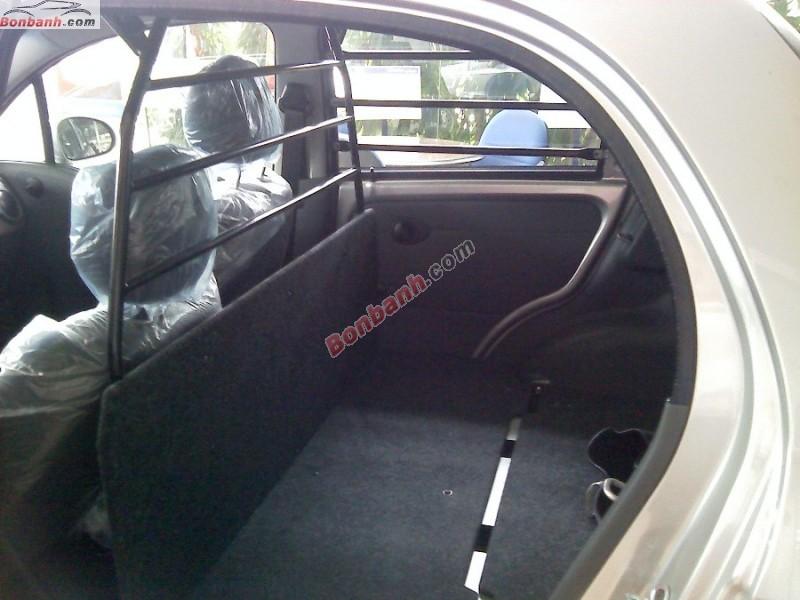 Bán ô tô Chevrolet Spark 0.8 MT Van năm 2015, xe đủ màu