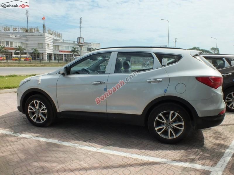 Bán Hyundai Santa Fe 2.2 CRDi đời 2015, màu bạc
