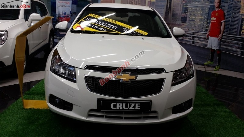 Cần bán Kia Morning đời 2012, màu bạc tại Salon auto Minh Tâm