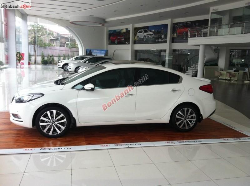 Bán xe Kia K3 1.6 AT đời 2015, màu trắng, giá 665Tr