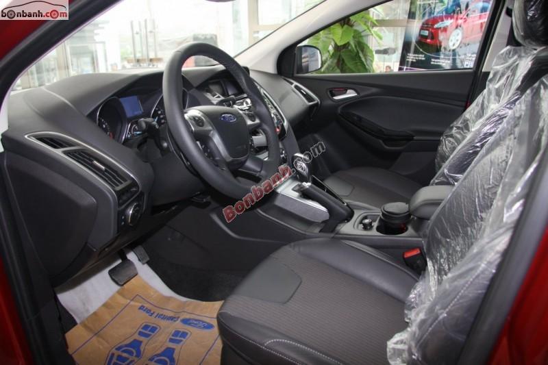 Bán ô tô Ford Focus 2.0Sport đời 2015, màu đỏ, giá chỉ 769 triệu