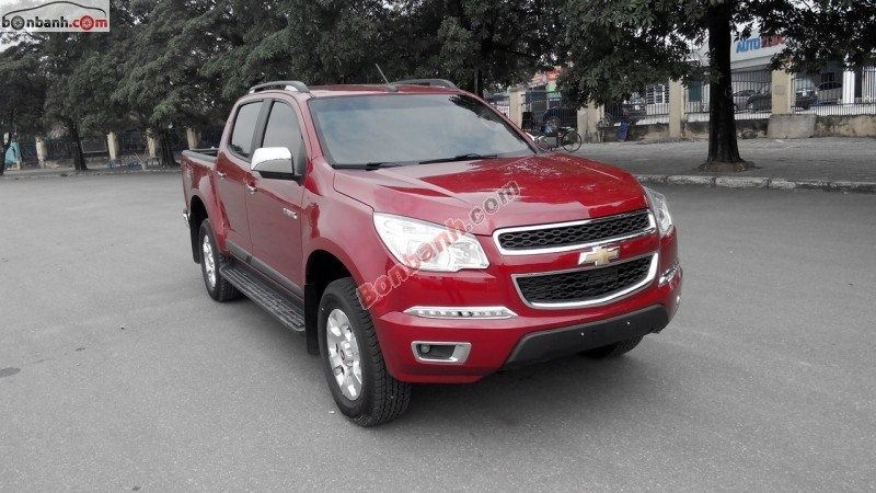 Cần bán Chevrolet Colorado LTZ 2.8 AT sản xuất 2015, màu đỏ, nhập khẩu nguyên chiếc