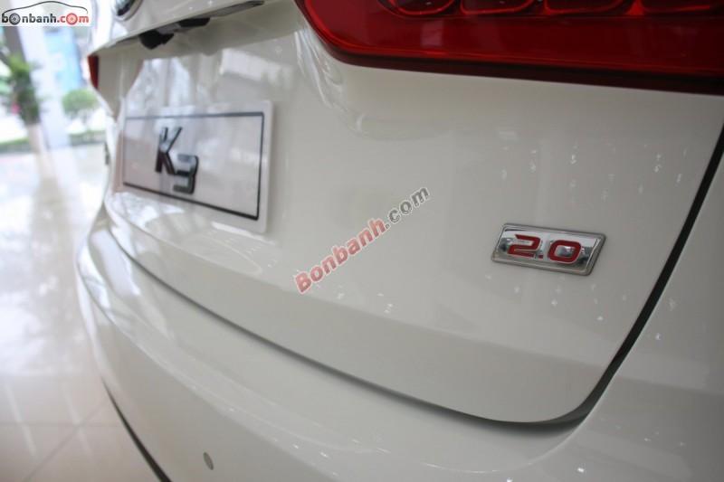 Cần bán xe Kia K3 2.0AT đời 2015, màu trắng, giá tốt gọi ngay 0938 808 415