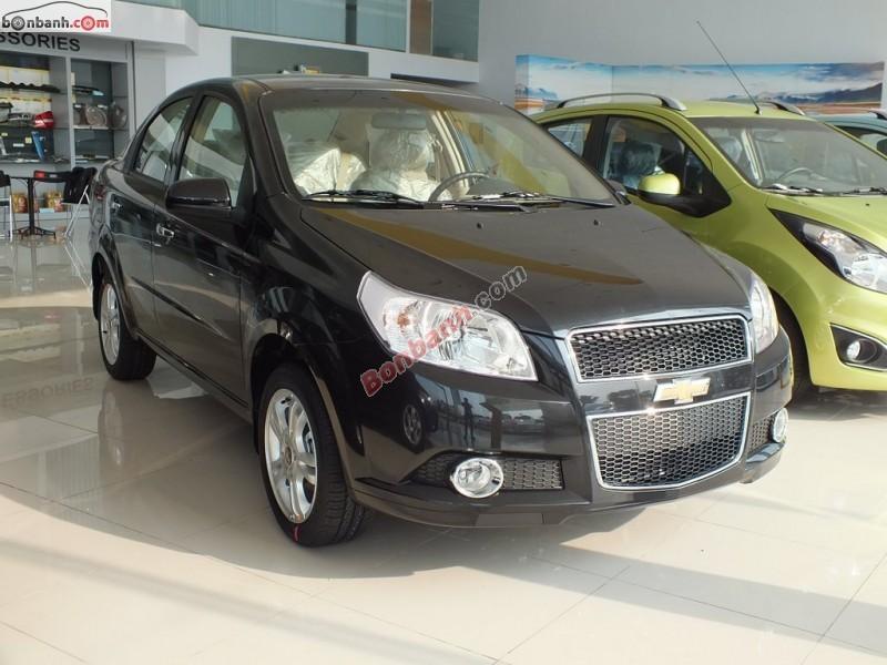 Bán ô tô Chevrolet Aveo 1.5 AT đời 2015, màu đen, 483Tr