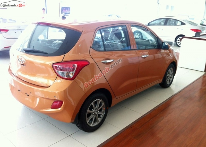 Cần bán xe Hyundai i10 Grand 1.0 AT đời 2015, nhập khẩu chính hãng