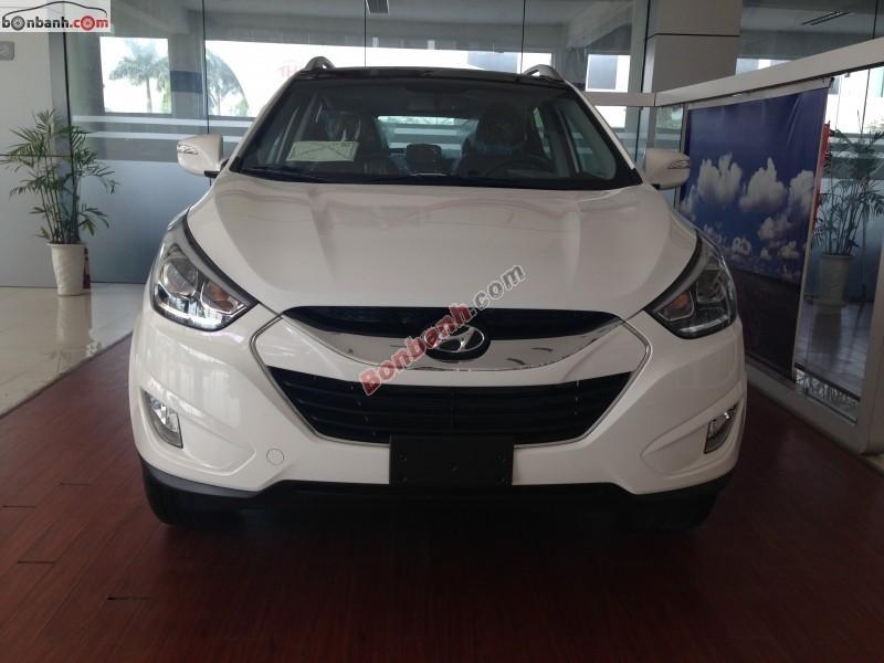Cần bán Hyundai Tucson 2.0 AT 2WD đời 2015, màu trắng, nhập khẩu