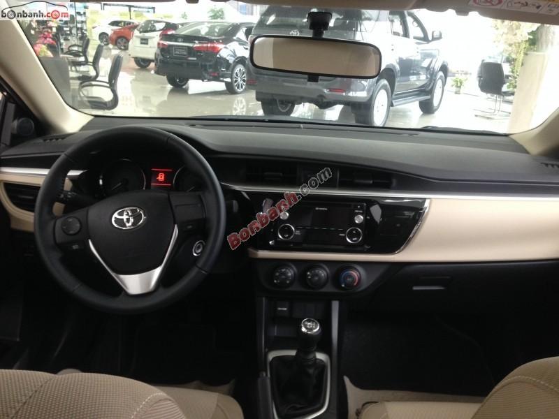 Cần bán xe Toyota Corolla altis 1.8G đời 2015, màu nâu, giá chỉ 750 triệu
