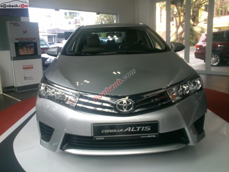 Cần bán Toyota Corolla altis 1.8MT sản xuất 2014 - Khuyến mãi & giảm giá lên tới 40 triệu