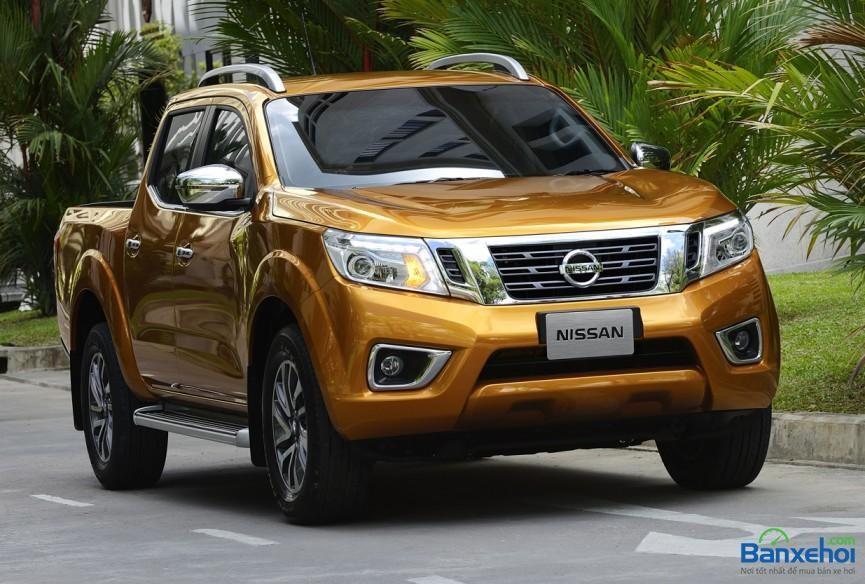 Bán Nissan Navara XE đời 2014, màu vàng, xe nhập, giá chỉ 708 triệu
