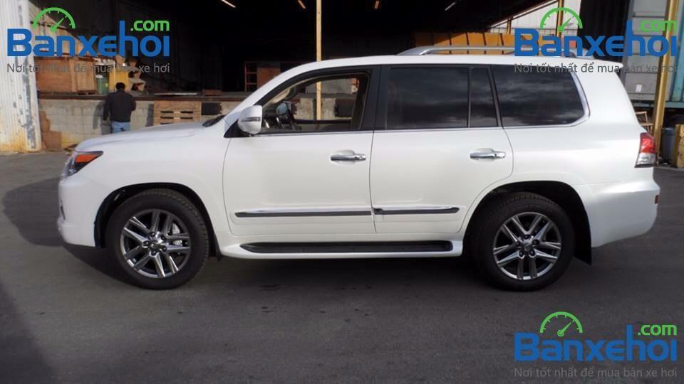 Cần bán Lexus LX 570 mới màu trắng, nhập khẩu chính hãng