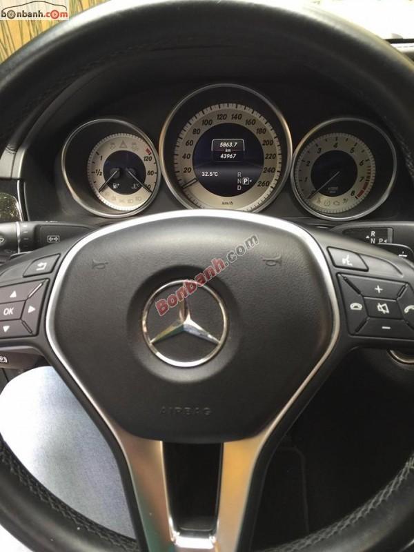 Bán ô tô Mercedes E250 đời 2013, màu bạc
