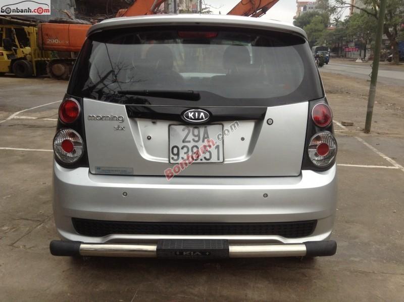 Cần bán xe Kia Morning AT 2010, màu bạc, xe còn rất mới
