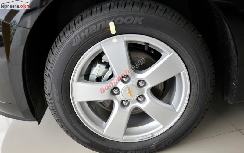 Bán xe Chevrolet Cruze LTZ 2015, màu đen - LH ngay 0985 657 765