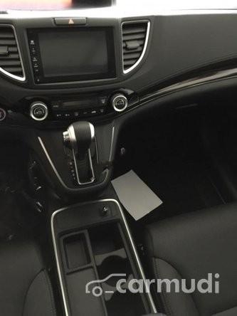Bán gấp ô tô Honda CR V 2.4 2015, màu trắng, xe nhập, giá tốt